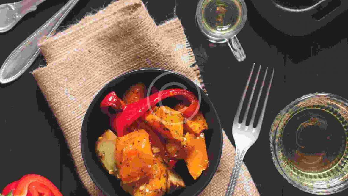 Spiced sweetness of Bangladeshi chicken stew